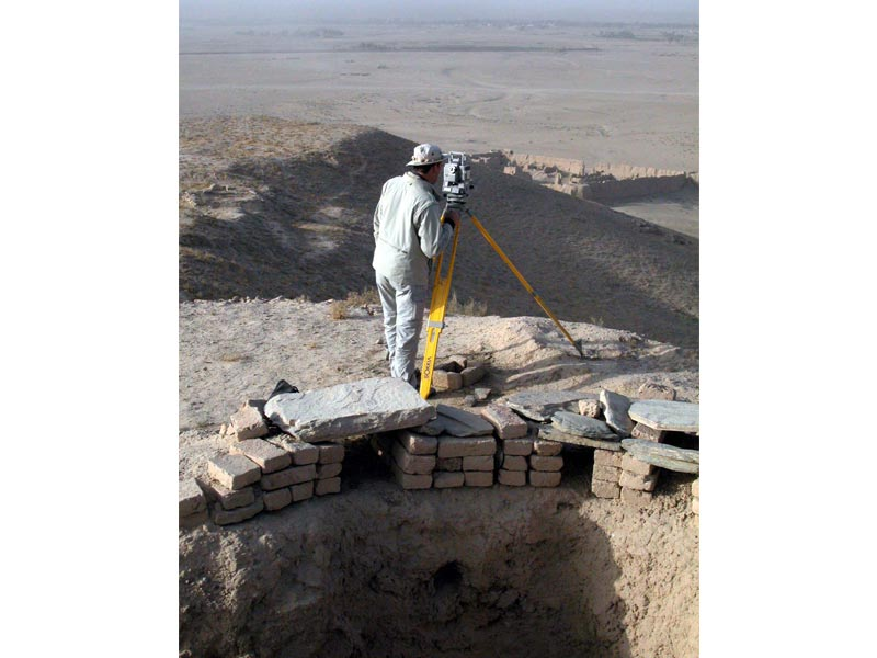 Archeologia scavo topografia Tepe Sardar Studio 3R